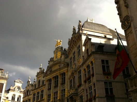 004bis_Grand Place droite 180