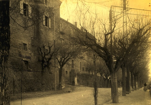 003_strada dei tigli il Palazzo nel 1928 a Macerata 180 - copie