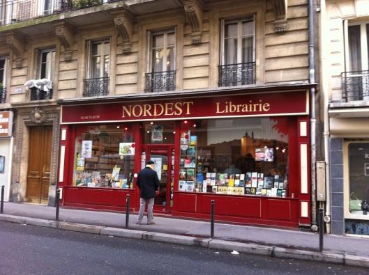 003_librairie nordest180